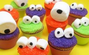 cool-halloween-cupcakes-monsters.jpg
