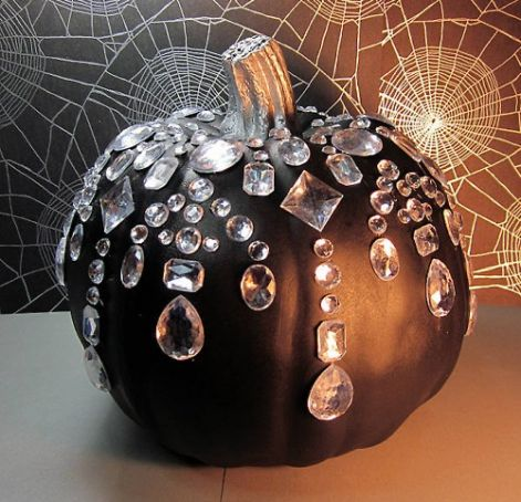 idea-for-modern-autumn-decoration-with-pumpkin.jpg